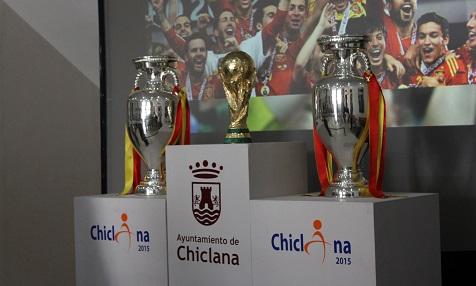 Weltmeister Europameisterpokal in Chiclana