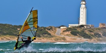 Windsurfing in Canos