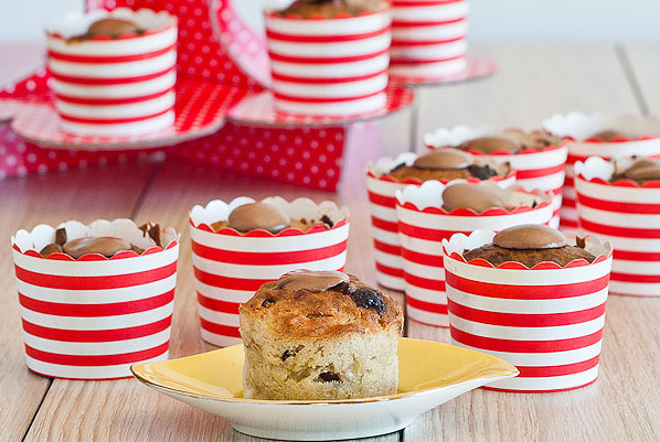 Banana Cranberry, Chocolate, Coconut Muffins  600 post