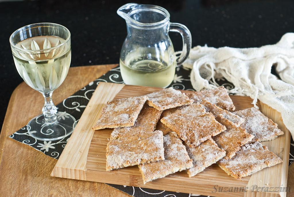 Feta Quinoa Crackers - gluten-free