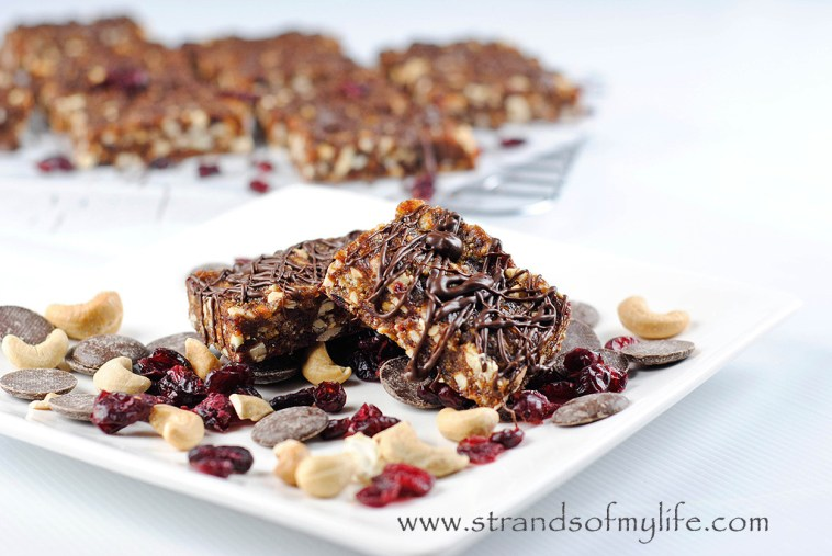 Chocolate Cherry Cashew Bars - high fructose