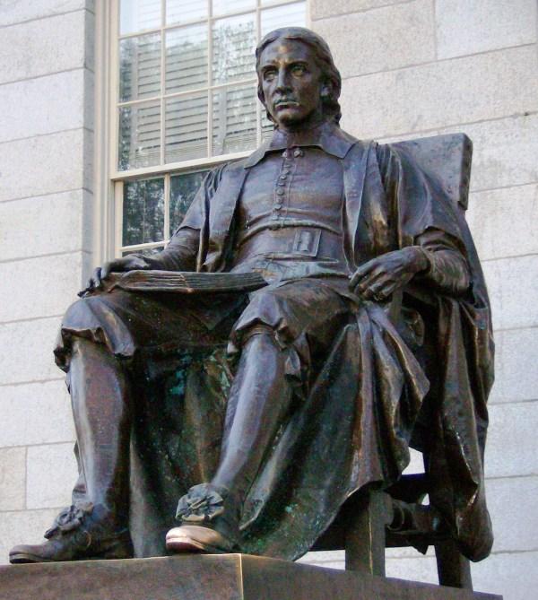 John_Harvard_statue