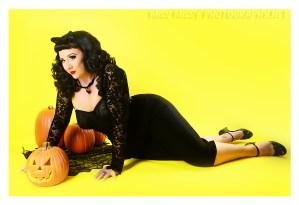 Halloween Kitty by Miss Missy