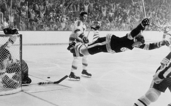 Hockey: Score like Bobby Orr