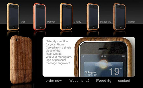 Custom wood case for iPhone by Miniot
