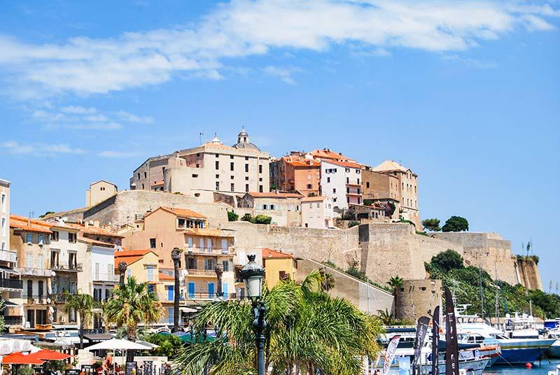 Korzika potovanje Calvi