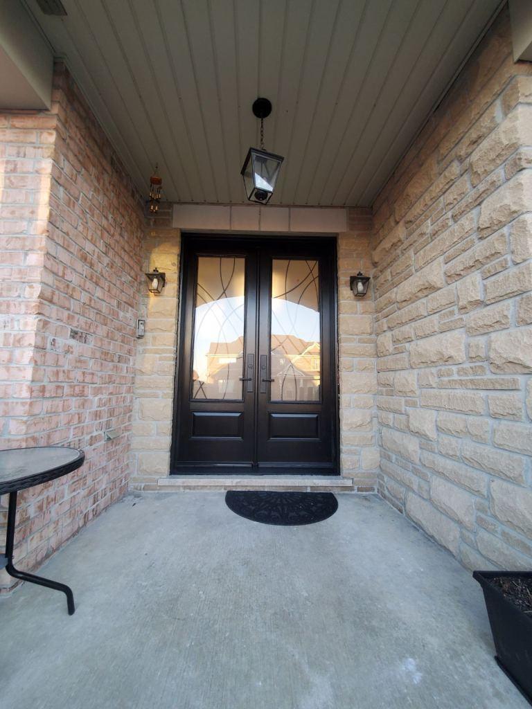 Modern Fiberglass and Steel Door Installation and Replacement, PVC Windows Woodbridge, Maple, Vaughan, King, Aurora, Nemwarket, Caledon, Nobleton, Kleinburg