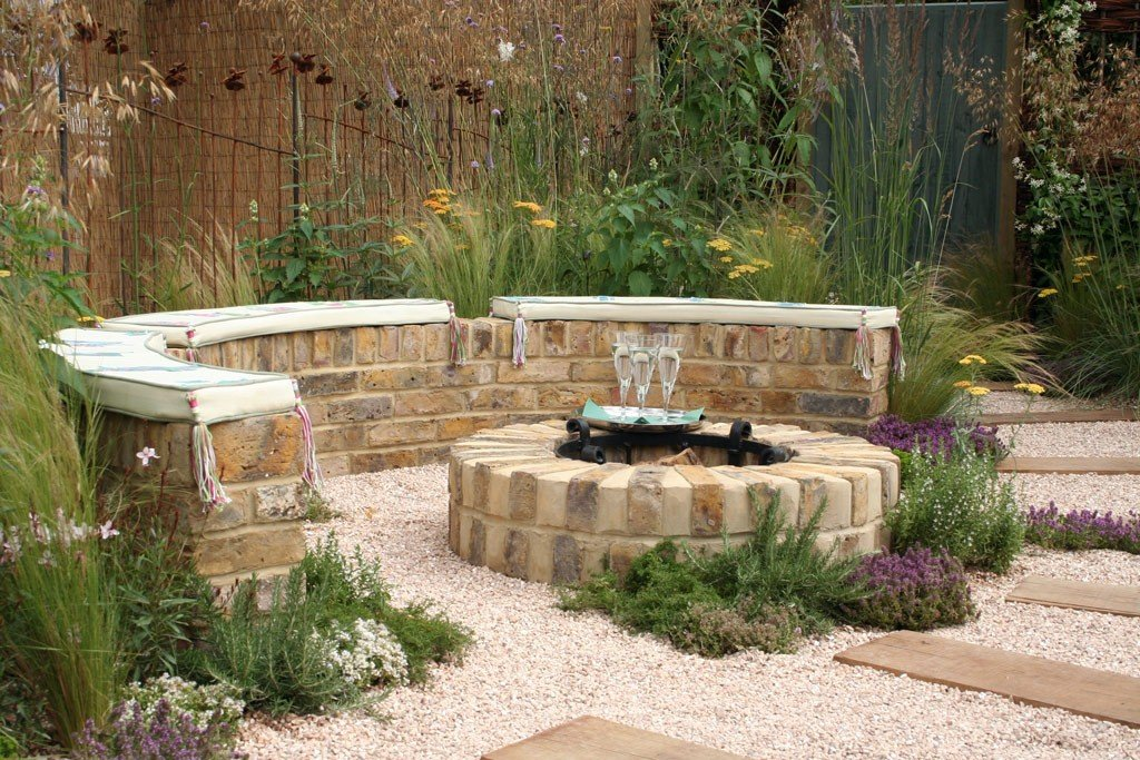 Creative Outdoor Fire Pits design Ideas to Light Up Your Yard on Backyard Patio Designs With Fire Pit  id=25222