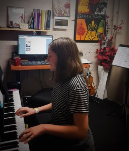 Live Music on the Central Coast at Stratford Music. Lily performing piano.