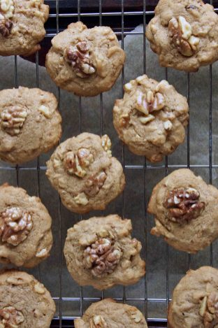 Maple-Walnut Cookies