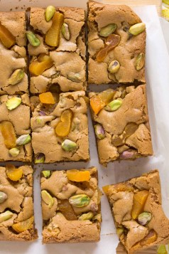 Apricot & Salted Pistachio Brown Butter Blondies