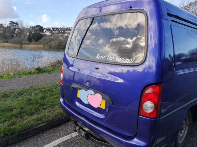 We've bought a van and we're going to travel the globe with our pup 🌎🐶   UK Lifestyle Blog