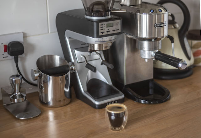 Our Tiny Home Barista Set Up for the Perfect Cup of Coffee Without Leaving the House | UK Lifestyle Blog