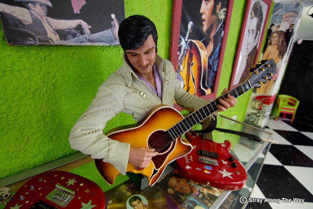 Elvis decor