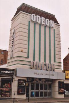 Odeon Cinema Portsmouth Stray Off The Path Urban