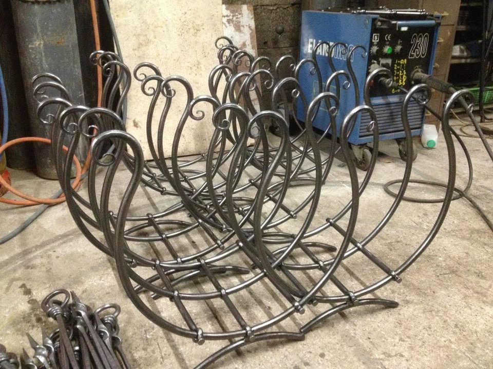 Metal Log Baskets