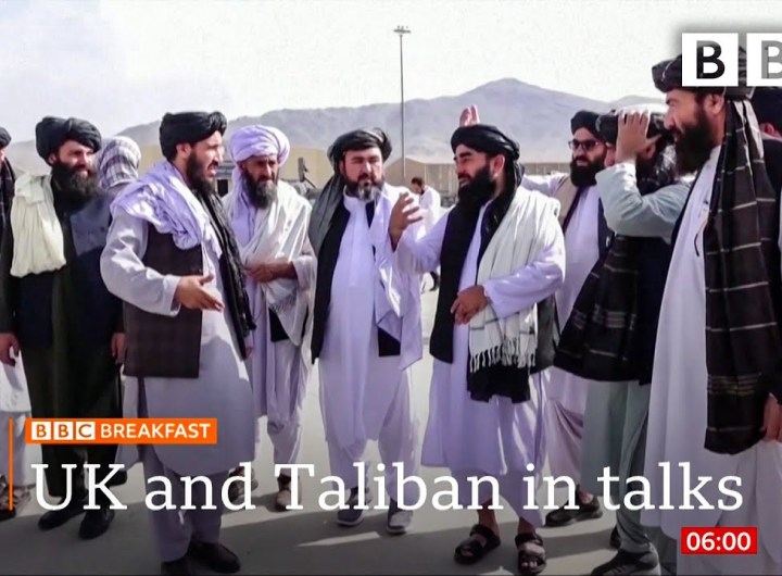 Afghanistan: UK and Taliban in talks over further evacuations @BBC News live 🔴 BBC
