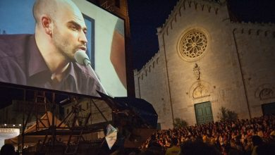 Photo of L'Aquila, Festival degli Incontri: tante polemiche, poche risposte