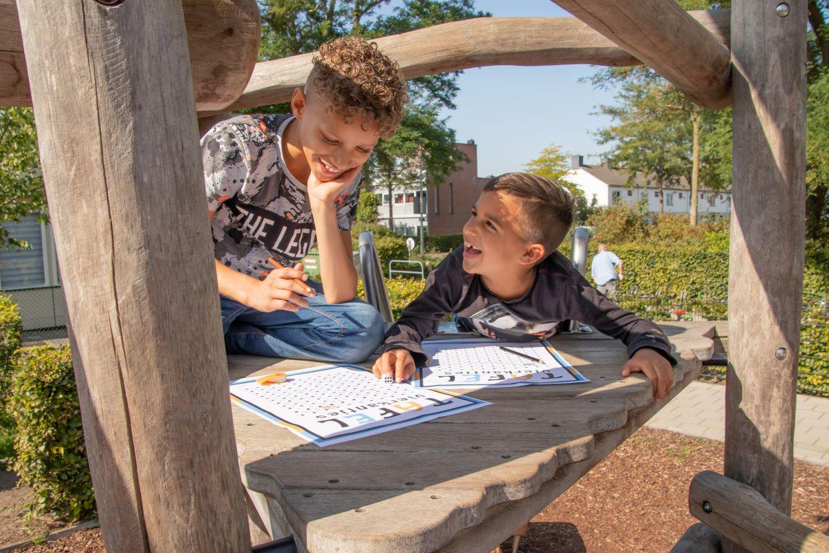 Basisscholen in Gelderland doen mee met de Nationale Buitenlesdag