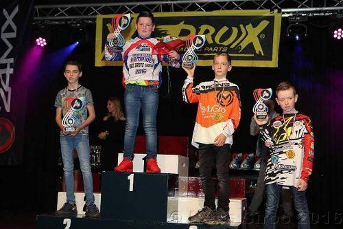 Storm (links) 2e in het kampioenschap 65 cc gr. wielen