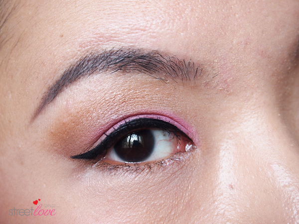 Make Up For Ever Artist Shadow Tutorial 11