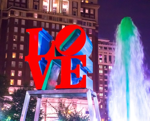 Robert Indiana's Love sculpture at Philadelphia LOVE Park 1.Taken by fast shutter.
