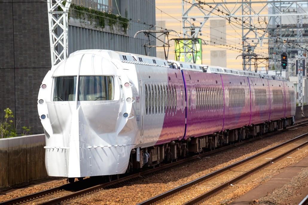 南海電鉄 関空特急ラピート(Peachモデル)/Nankai Airport Express Rapi:t Peach model