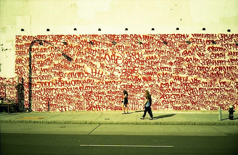 barry_mcgee_twist_mural_houston_st_nyc.jpg