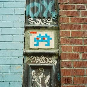 invader_street_art_in_nyc.jpg
