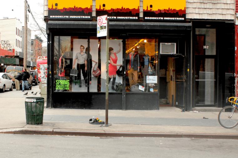https://i1.wp.com/www.streetartutopia.com/wp-content/uploads/2012/04/street_art_hipster_trap_3.png?resize=762%2C507