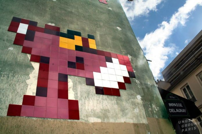 Pink Panther mosaic by Space Invader – In Paris, France