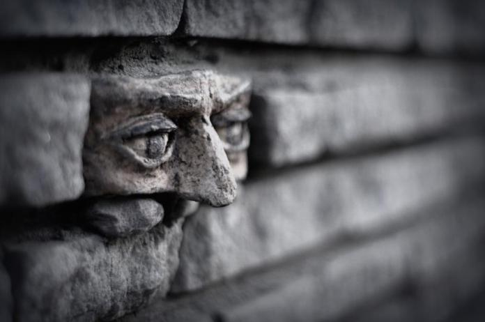 Another brick in the wall – In Gorzow, Poland