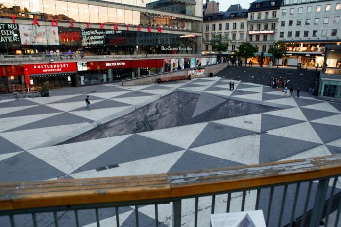 Mind Your Step – 3D Street Art in Stockholm, Sweden