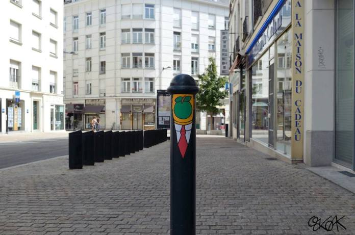 Magritte - Street Art by Oakoak in France 03589