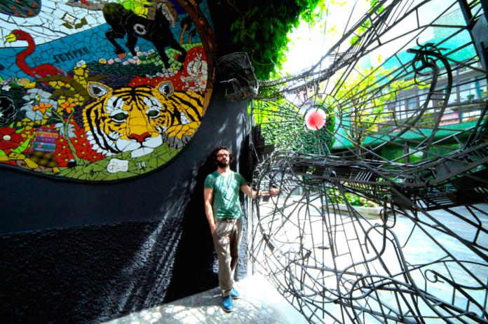 The 'Garden of Eden' Mosaic by Orodè Deoro at Studio Fabio Novembre, Milan, Italy. July 2014 4