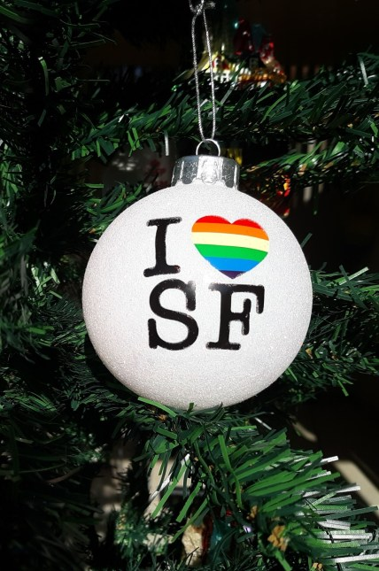 Ornament-I-love-SF-ball.jpg