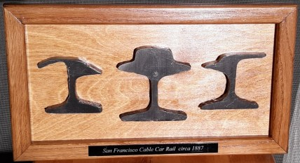 Plaque-3-rail-Horizontal-Oak.jpg