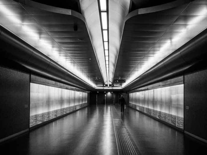 The importance of backgrounds in Street Photography