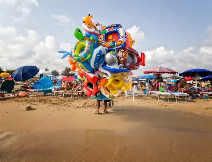 Lorenzo Grifantini Beach Street Photography 6