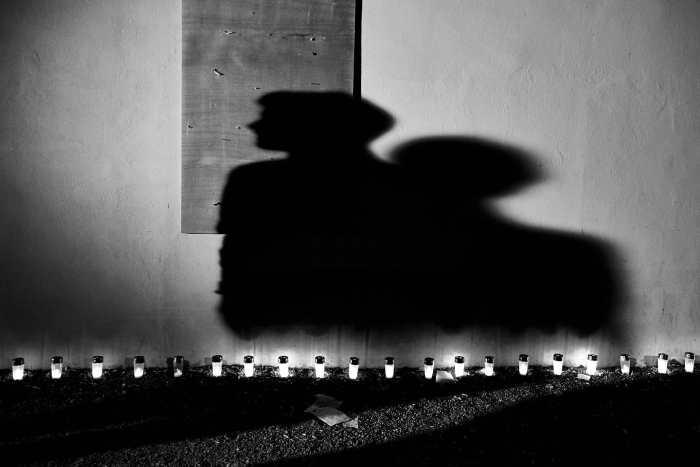 """Shadows telling a story"" street photograph by Alfredo Aleandri"