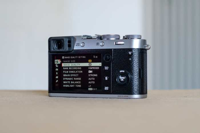 Fujifilm X100F for Street Photography features