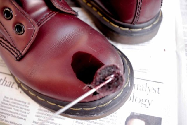 how to dye leather boots with angelus oxblood dye
