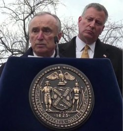 Commissioner Bratton and Mayor de Blasio at yesterday's Vision Zero event. Image: Clarence Eckerson