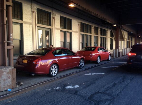 """Bonus points to Metro-North employees for leaving residents absolutely no space on ##https://twitter.com/hessmatthias/status/460741716849741825##this Harlem sidewalk##. ##https://twitter.com/HessMatthias/status/487613495790542848##Matthias Hess## says this is a """"longtime problem"""" in the neighborhood."""