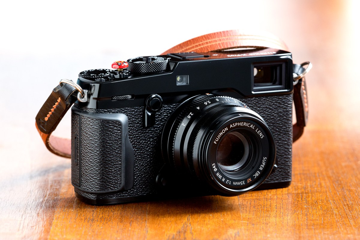 Fuji X Pro2 Street Photography Review - Fuji Flagship Finally Gets It Right!
