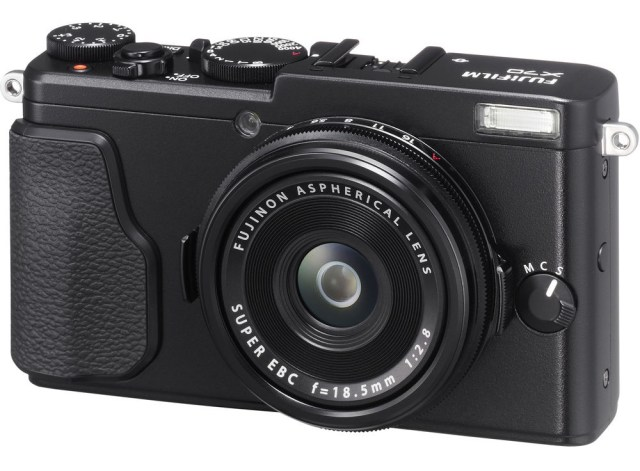 Fuji X70 Street Photography Review - Black Front