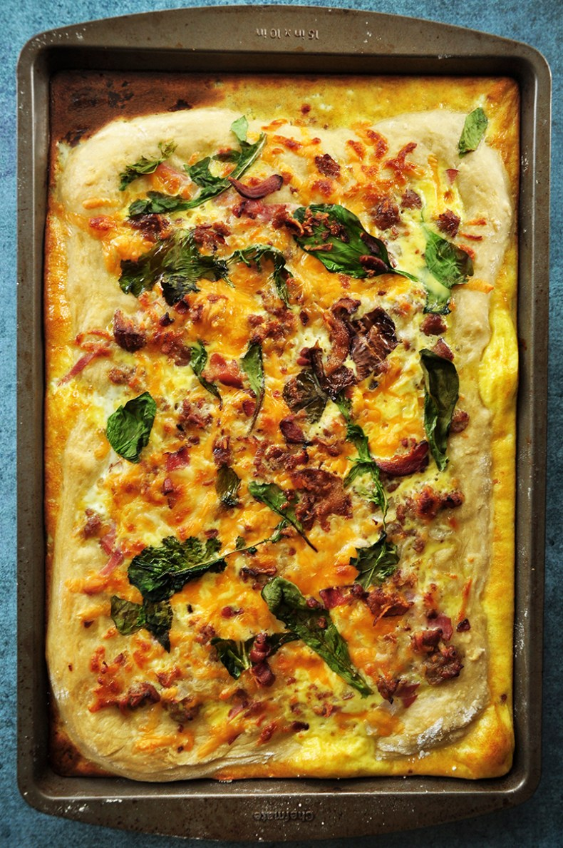 Take the best qualities of pizza and turn them into a morning meal with this sheet pan breakfast pizza recipe. It incorporates your favorite breakfast ingredients and creates a balanced, delicious one-pan meal.