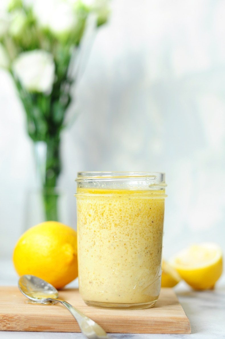 Fresh and flavorful, this easy lemon vinaigrette dressing can be whipped up in just 5 minutes. It's plant-based, sugar-free, and rich in healthy fats and vitamin C.
