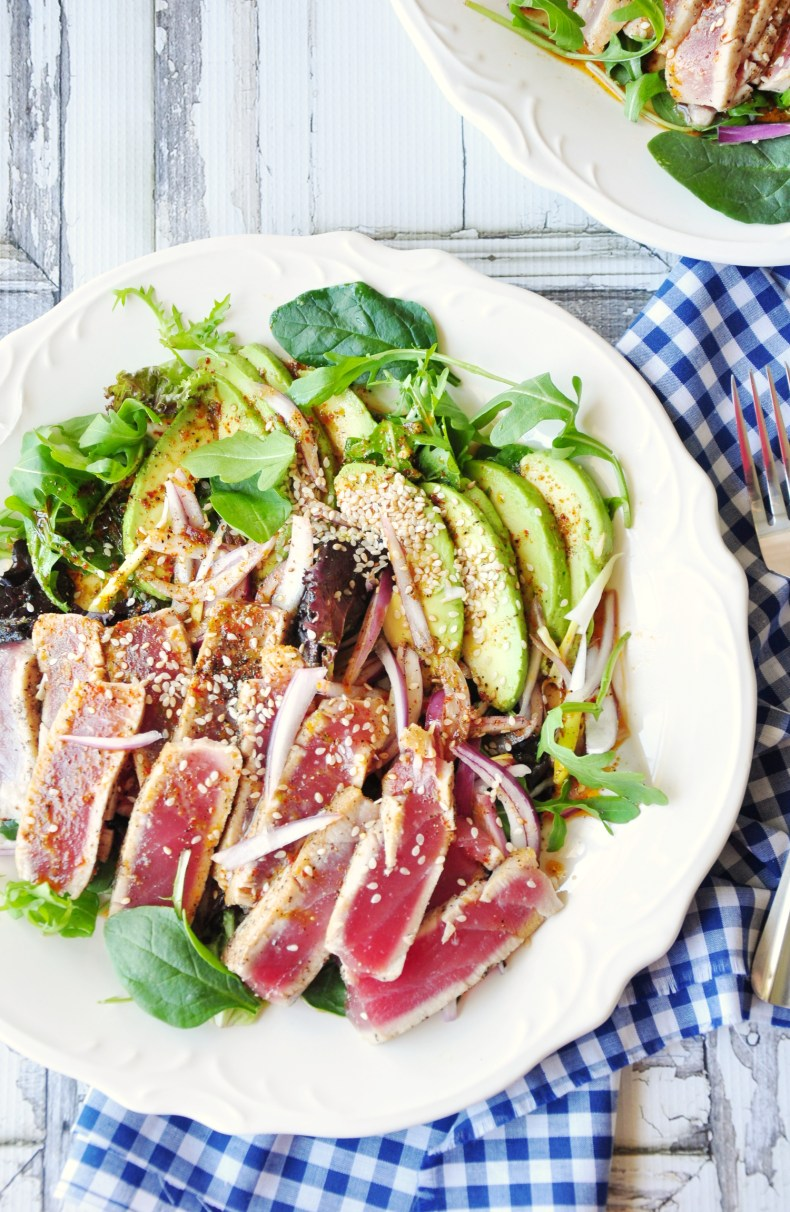 Spicy Avocado Seared Tuna Combo