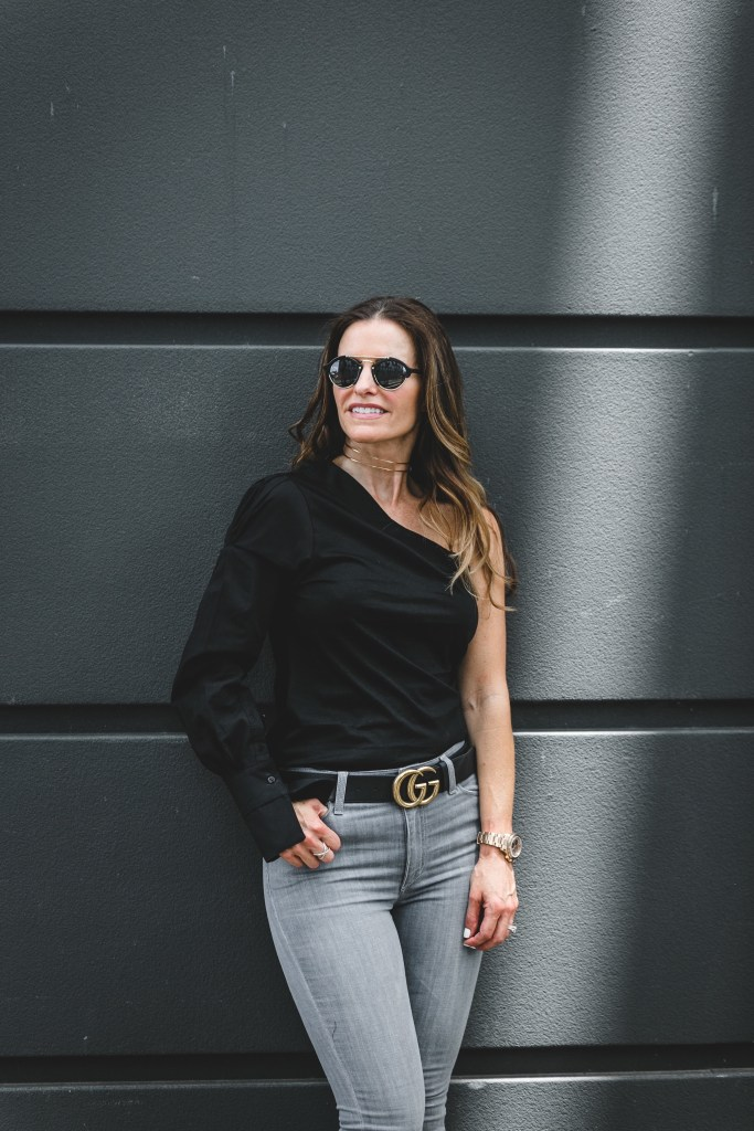 Topshop One-Shoulder Top   Joe's Grey Step Hem Skinny Jeans   Argento Vivo Choker   LAGOS X Ring   Gucci Belt   Illesteva Round Sunglasses
